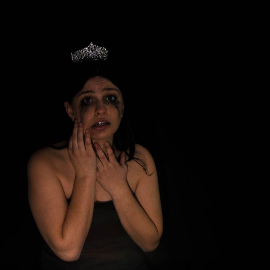Beauty-Pageants-Blow
